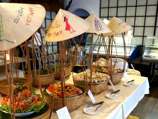 buffet-hoian